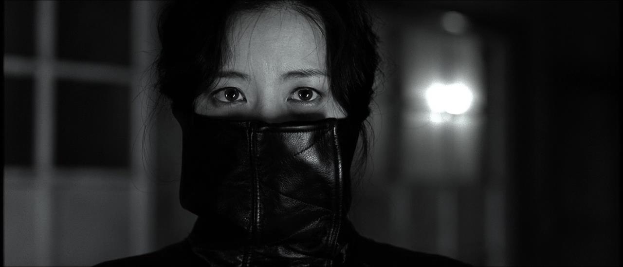 Sympathy.For.Lady.Vengeance.2005.720p.BluRay.IIIKOJIO3ABP.mkv_snapshot_01.31.42_[2018.02.04_22.23.36]