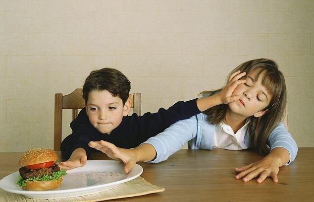 Секс в детстве брат и сестра