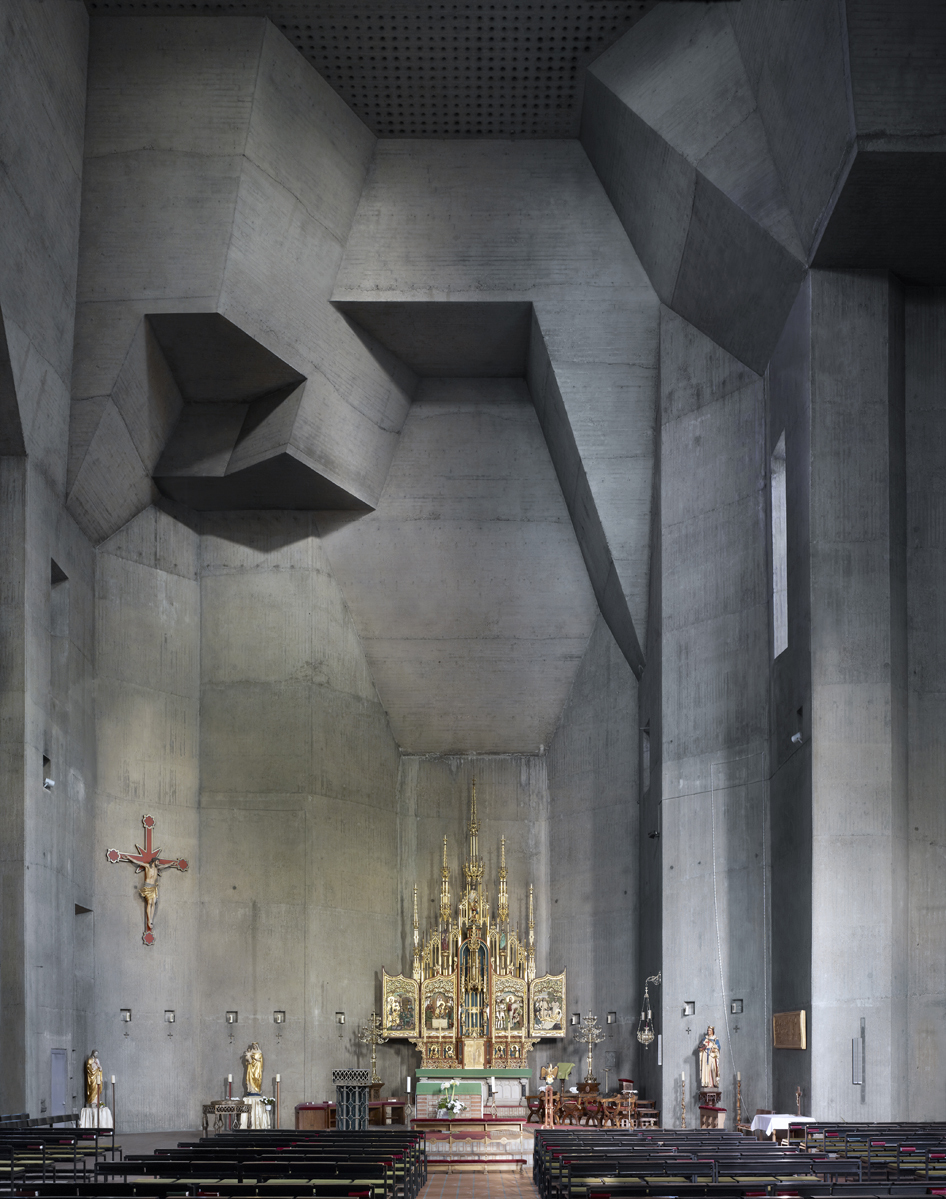 50c793d7b3fc4b2b1000004a_photography-mid-century-modern-churches-by-fabrice-fouillet_fabrice_fouillet_corpus_christi_8_copy