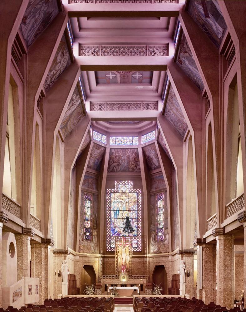 50c793e8b3fc4b2b1000004e_photography-mid-century-modern-churches-by-fabrice-fouillet_fabrice_fouillet_corpus_christi_11_copy-788x1000