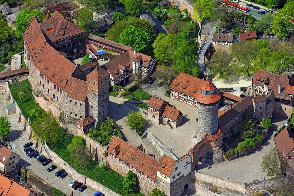 K0429475_Burg_Nuernberg_Luftaufnahme
