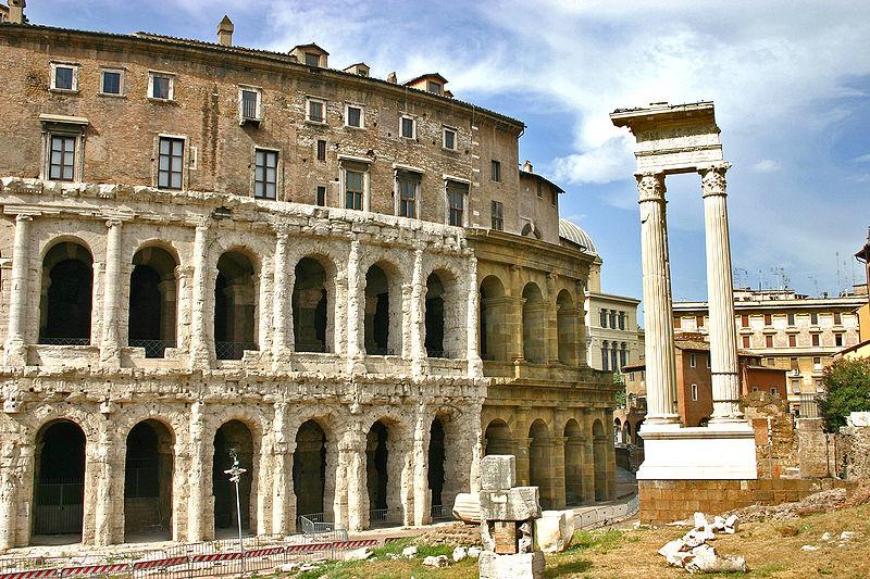 800px-Roma-teatro_di_marcello