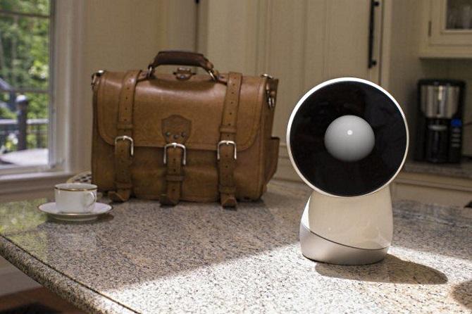 gadzhety-sotsialnyj-robot-jibo