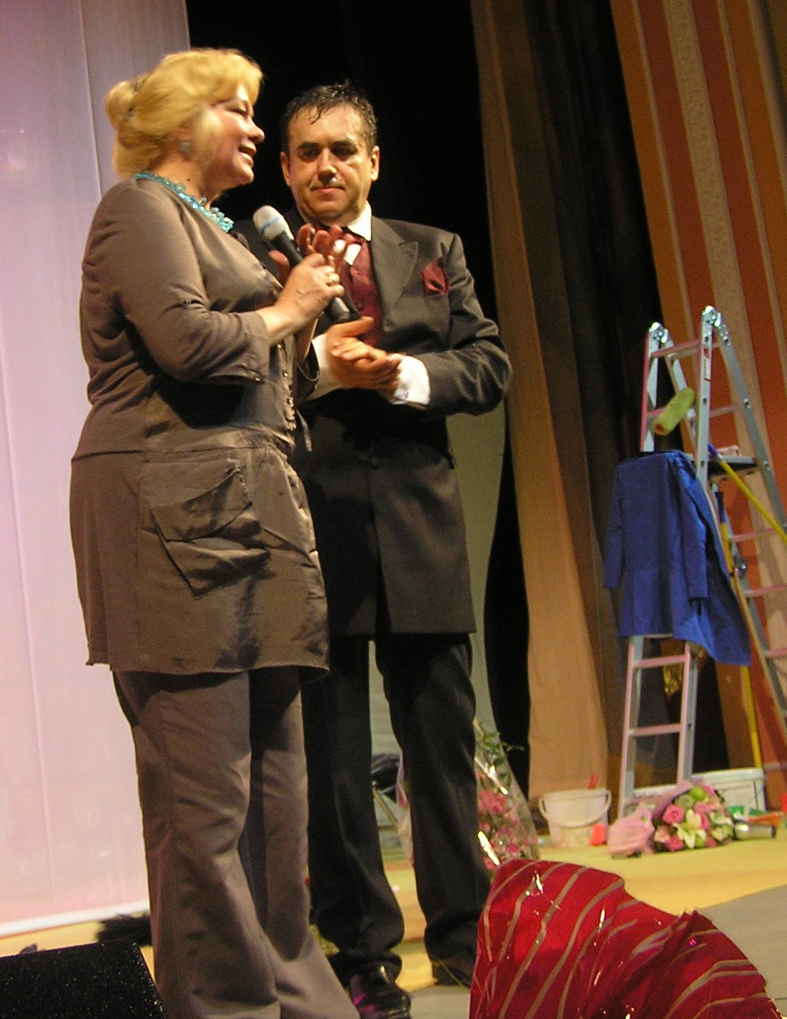 http://ic.pics.livejournal.com/evdona/18928800/4552/4552_original.jpg