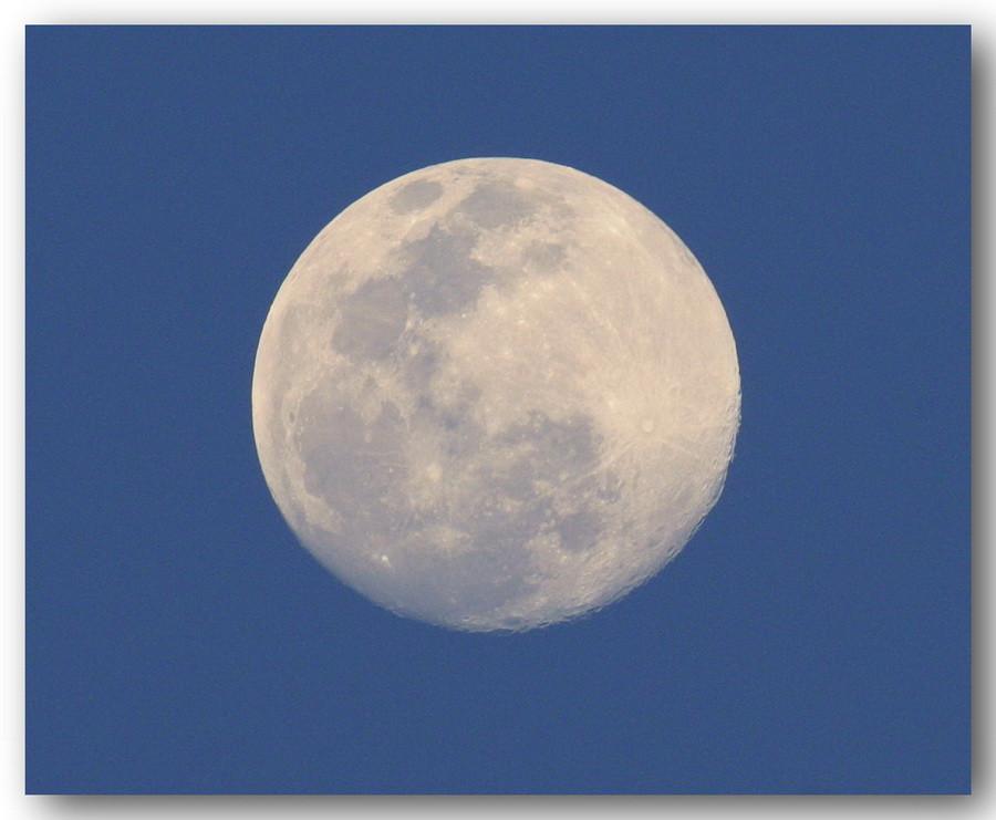 luna 038