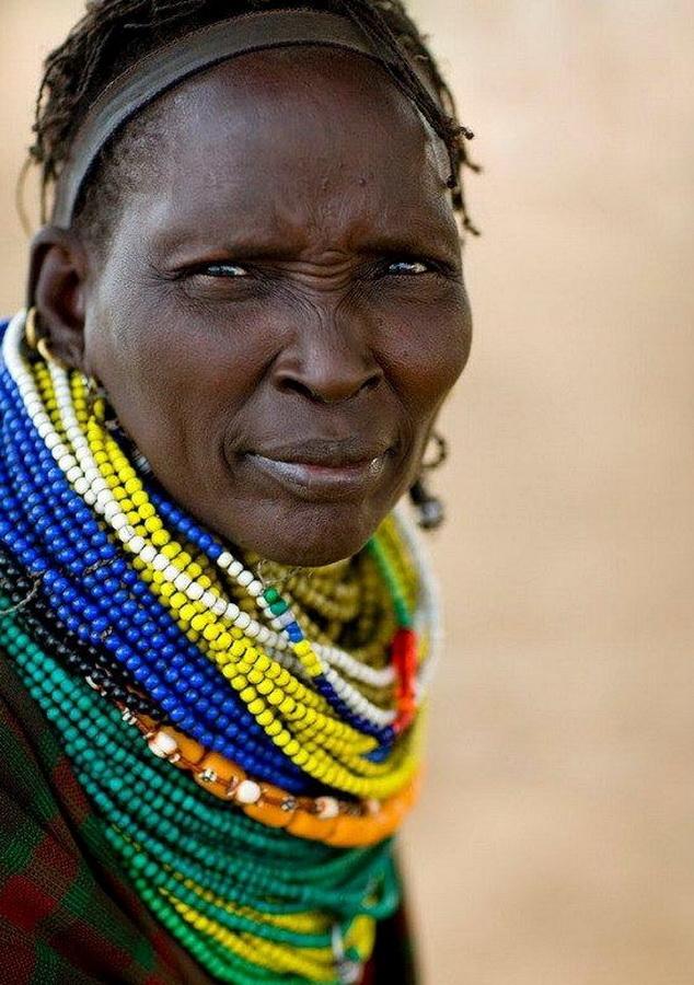 старые африканки фото длительная