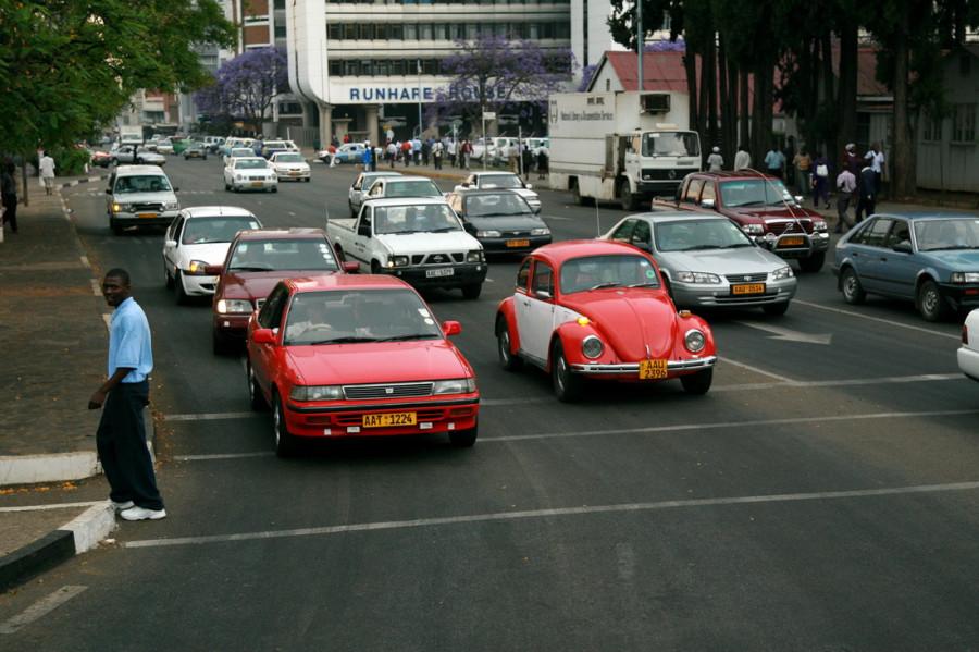 На улицах часто встречаются раритетные авто