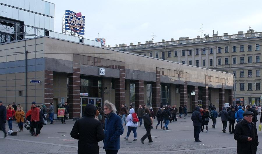 Старые фото метро парк победы с ларьками спб вступлении