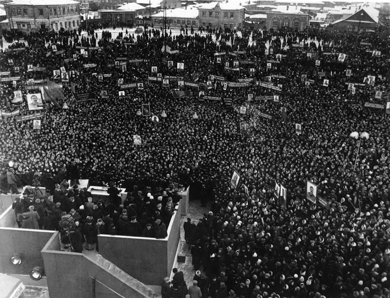 Выборы Иосифа Сталина в Верховный Совет СССР. Предвыборный митинг в Москве, 1950 год