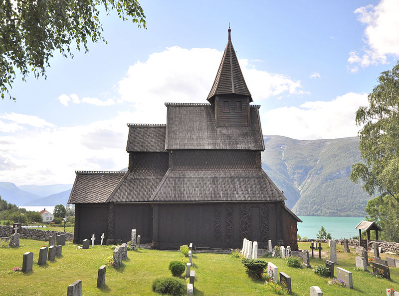 800px-Stave_church_Urnes,_exterior_view_1.jpg