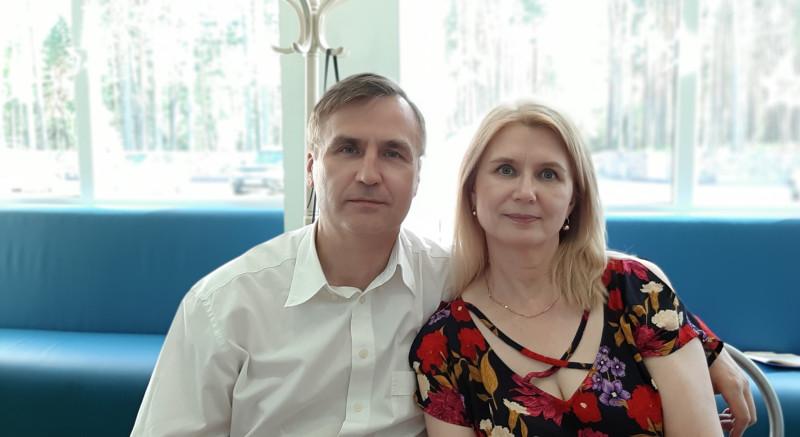 Олег и его очаровательная и гостеприимная жена Валентина