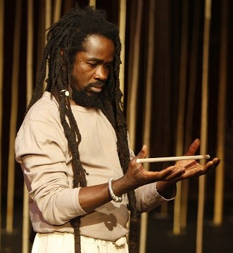 Magic Flute. Abdou Ouologuem. Photo by Pascal Victor - ArtComArt