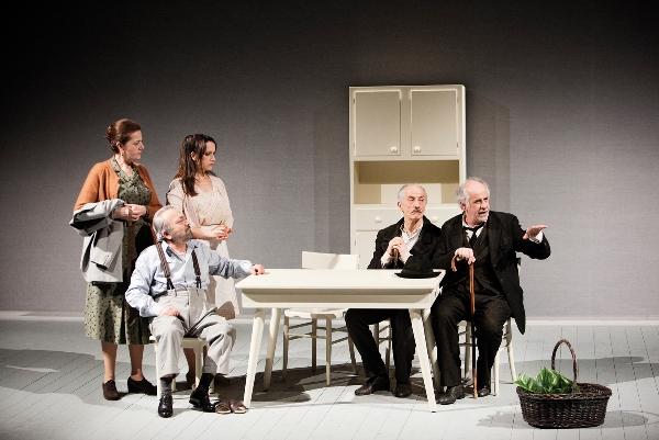 Внутренние голоса.Betti Pedrazzi, Gigio Morra, Chiara Baffi, Peppe Servillo & Toni Servillo. Photo by Fabio Esposito