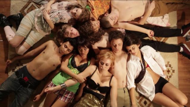 seks-vecherinka-smotret-video
