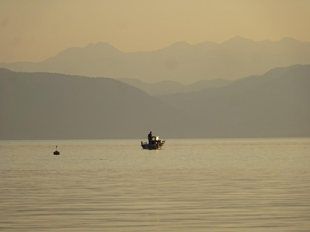 рыбак в Эвбейском проливе