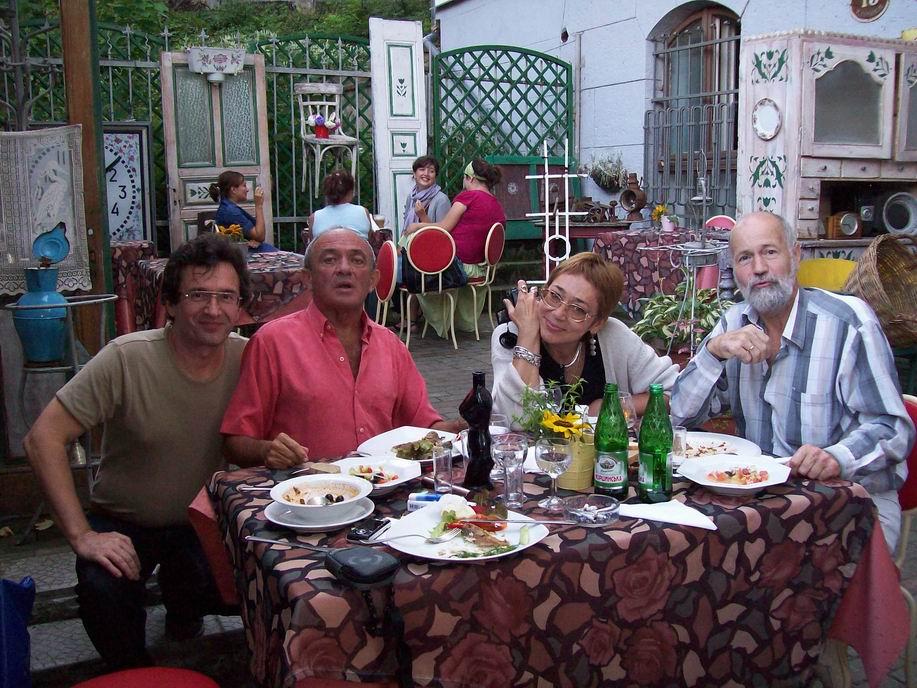 Я, Озеров, Оксанка, Соколов Львов 2008 023