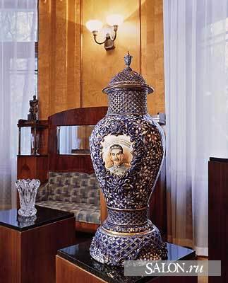 Ближняя дача в Кунцево подарки в столовой