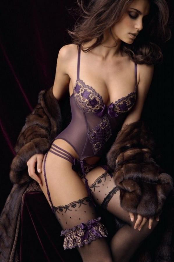 6258355-R3L8T8D-610-Lise-Charmel-AW12-Lingerie-Collection-5