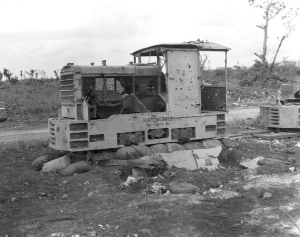 Japanese_narrow_gauge_railroad_locomotive_-_Guam.jpg