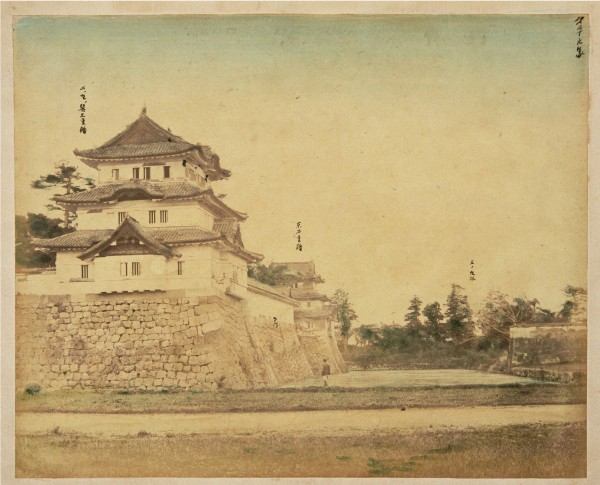 East Three-tiered Yagura in Ninomaru.jpg