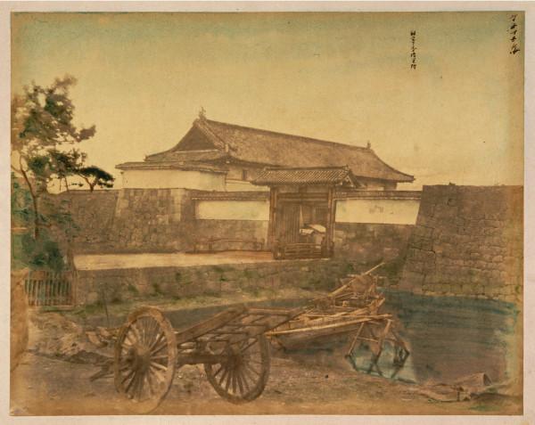 Sukiyabashi-mon Gate.jpg