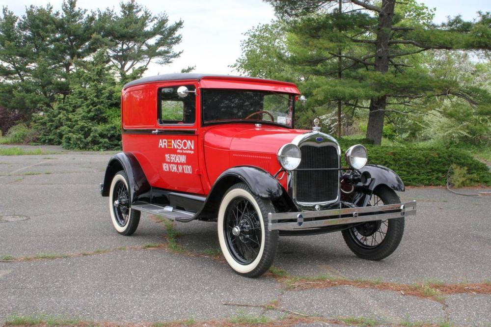 Фургон службы доставки Ford Model A 1928 года