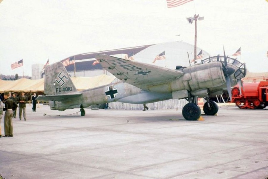 Junkers Ju388L-1 560049 FE-410 Wright Field 1946 victory display.jpg