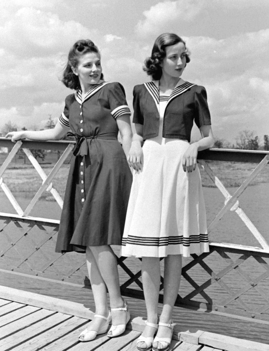 """В """"матросском"""" стиле. 1940 год."""