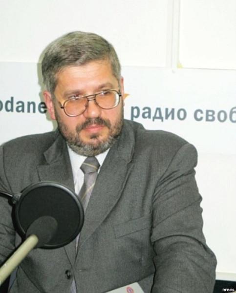 фото проф. Ульянов эфир.jpg