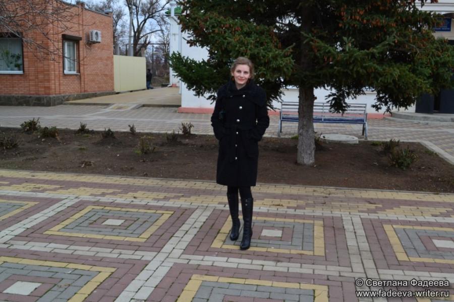 knijnye-sezony-donskoy-publichnoy-na-celinskoy-zemle-01