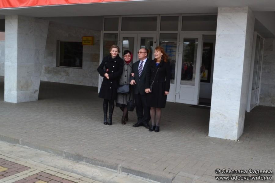 knijnye-sezony-donskoy-publichnoy-na-celinskoy-zemle-04
