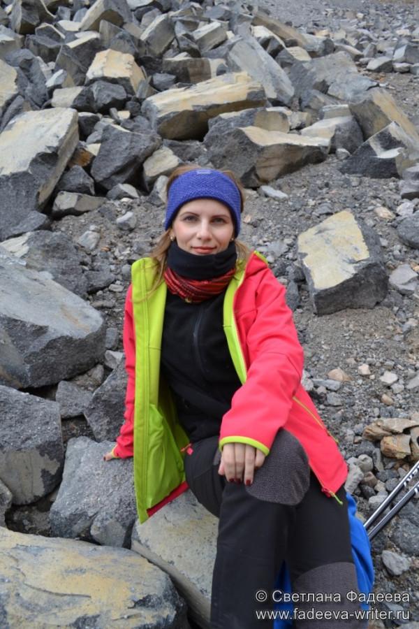 prielbruse-trekking-v-okrestnostyah-podem-ot-polyany-azau-do-priyuta-11-ti-vyhod-k-skalam-pastuhova-15