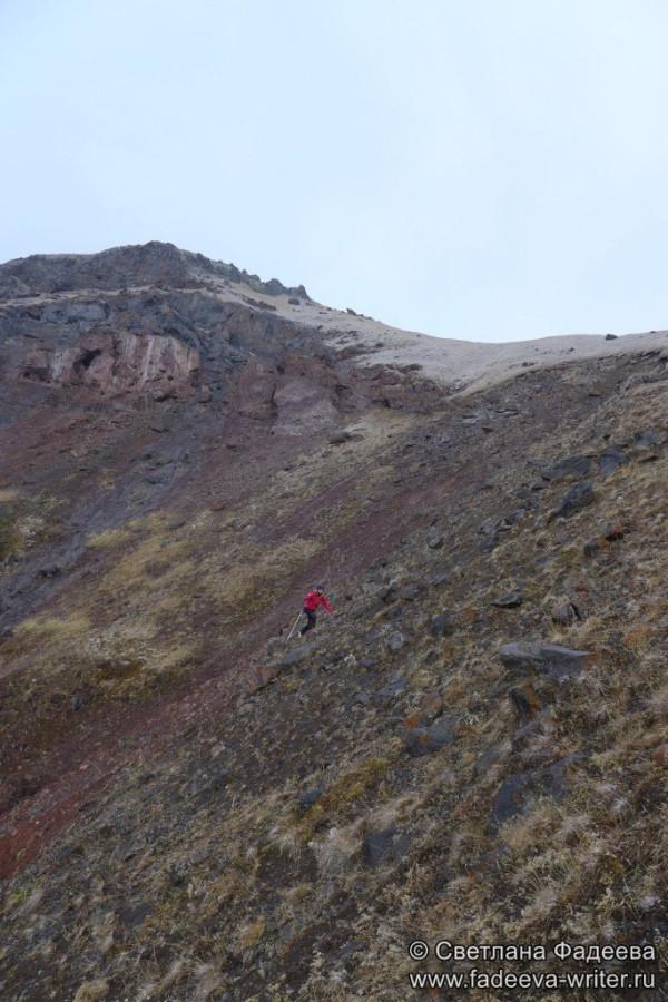 prielbruse-trekking-v-okrestnostyah-podem-ot-polyany-azau-do-priyuta-11-ti-vyhod-k-skalam-pastuhova-25