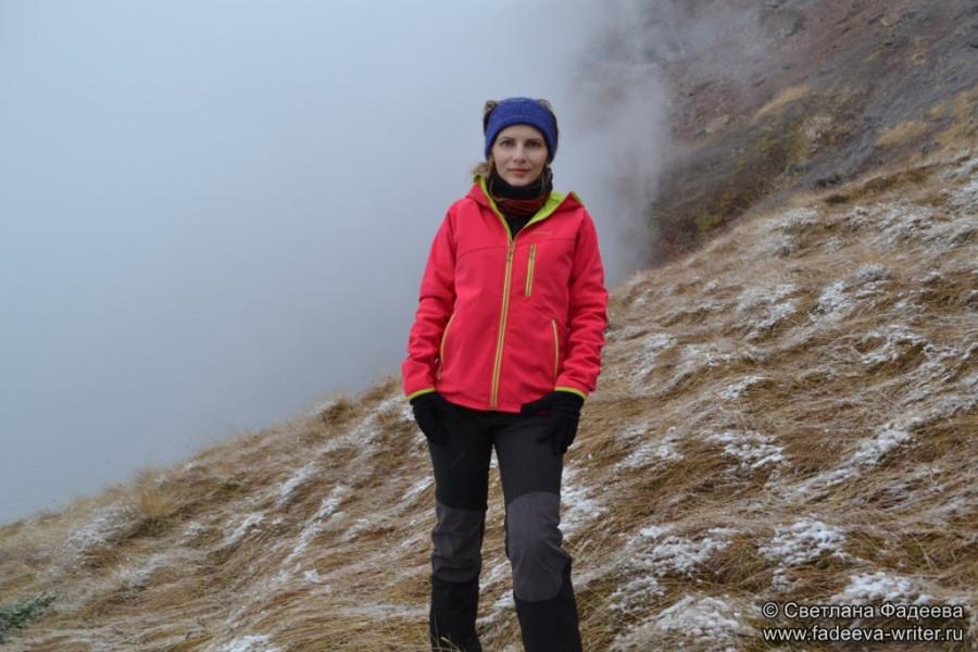 prielbruse-trekking-v-okrestnostyah-podem-ot-polyany-azau-do-priyuta-11-ti-vyhod-k-skalam-pastuhova-33
