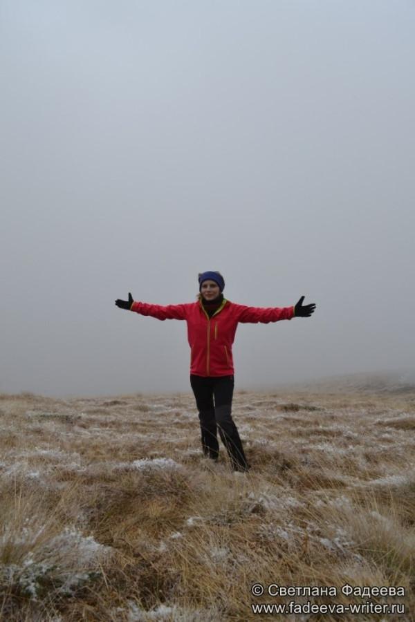 prielbruse-trekking-v-okrestnostyah-podem-ot-polyany-azau-do-priyuta-11-ti-vyhod-k-skalam-pastuhova-36