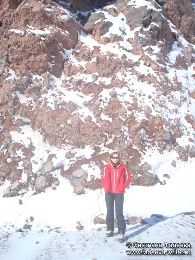 prielbruse-trekking-v-okrestnostyah-podem-ot-polyany-azau-do-priyuta-11-ti-vyhod-k-skalam-pastuhova-51