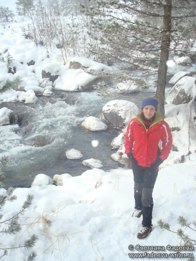 prielbruse-trekking-v-okrestnostyah-podem-ot-polyany-azau-do-priyuta-11-ti-vyhod-k-skalam-pastuhova-79
