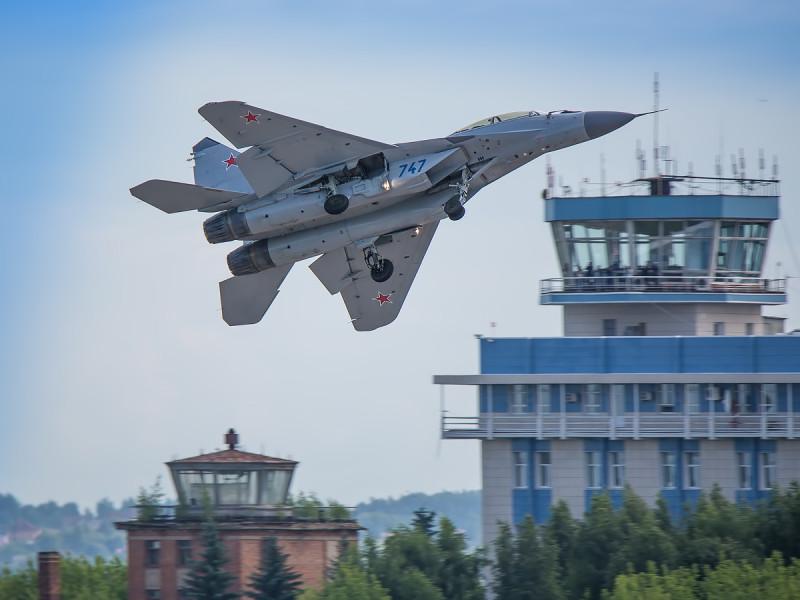 МиГ-35 и без ОВТ... Не порядок...