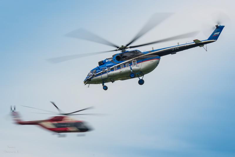 Вертолетный встречный пилотаж
