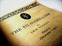 200px-Silmarrillion,_Just_under_the_Cover