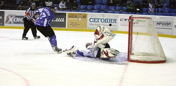 0002 hockey02