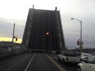 ballard bridge going up