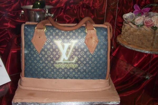 торт-сумка