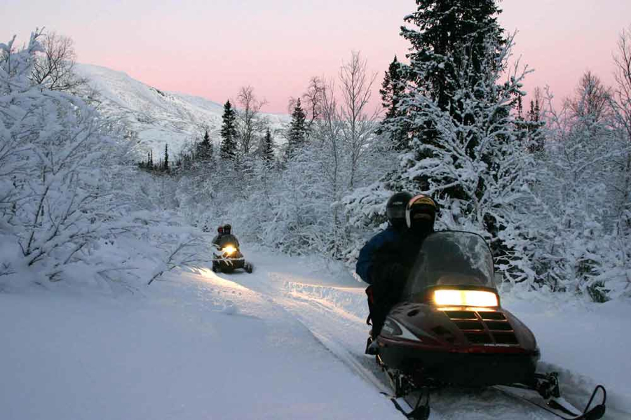 отдых на Байкале, прокат снегоходов
