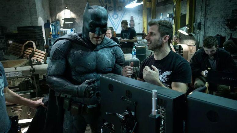 Бен Аффлек и Зак Снайдер на съемках фильма «Бэтмен против Супермена: На заре справедливости»