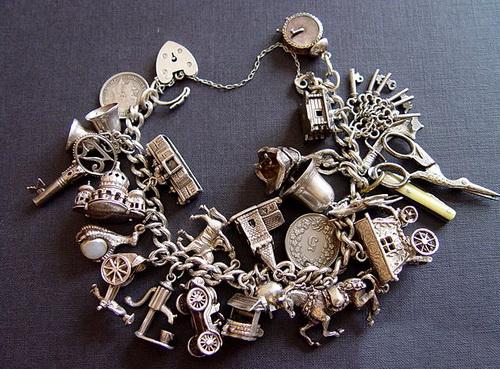 Фото браслетов и украшений