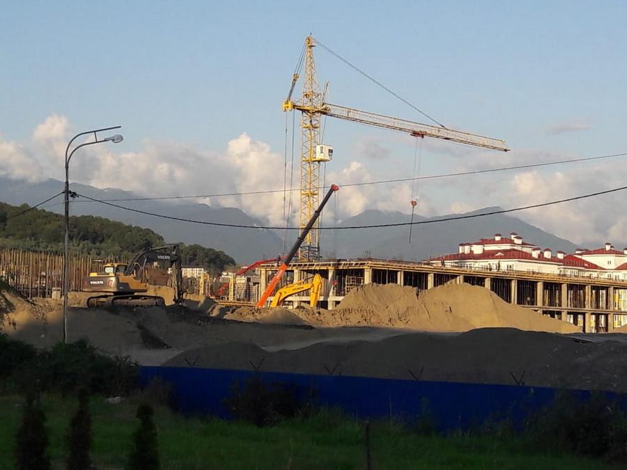 Строительство школы август