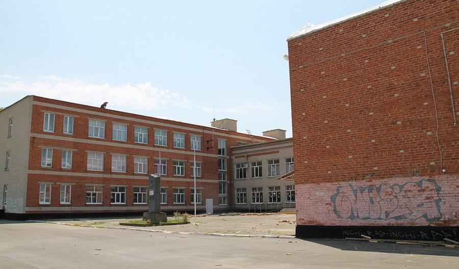 Тамань школа сорвало крышу