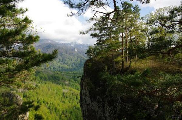 Вид с вершины Медовых скал