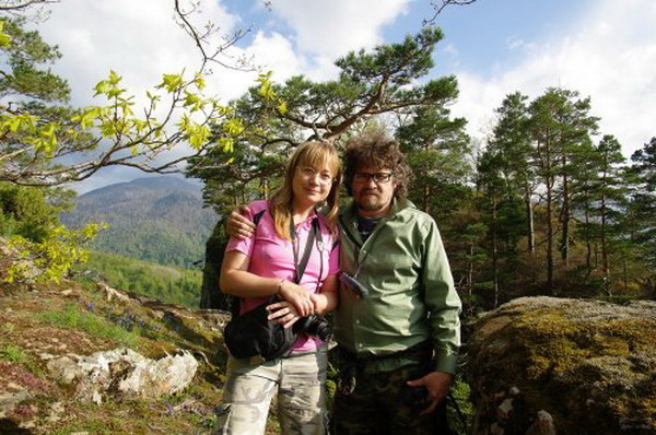 Юлия Набережная и Андрей Рудомаха на вершине Медовых скал